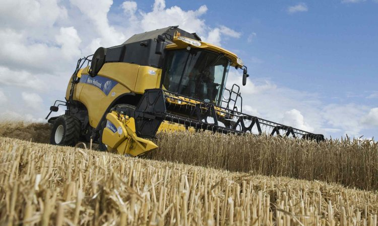 Growers urged to monitor crops more closely and treat fields individually