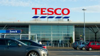 Tesco buys 400t of surplus strawberries created by recent warm weather