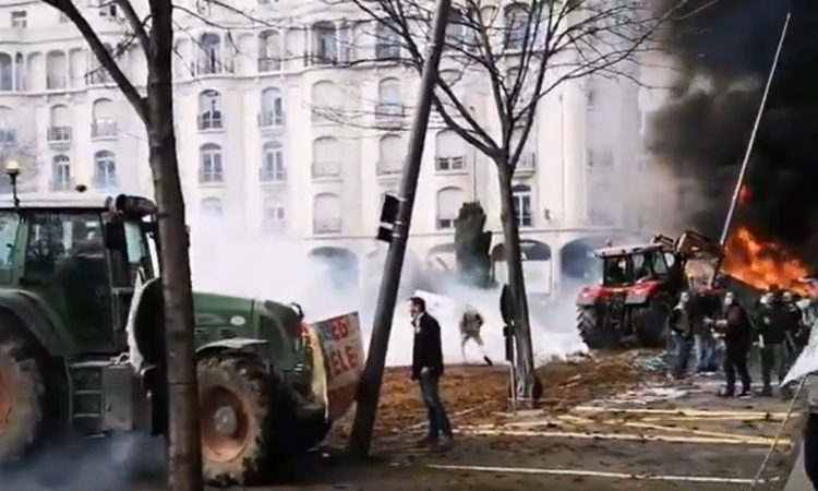 French farmers take to the streets of Clermont Ferrand to protest 'fertiliser tax'