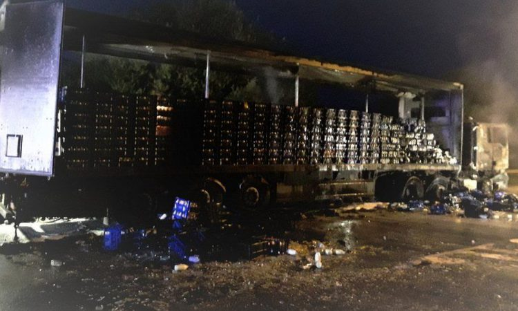 3,000L of milk spilt onto the M40 as truck catches fire