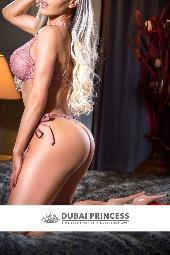 Dubai models Alicia