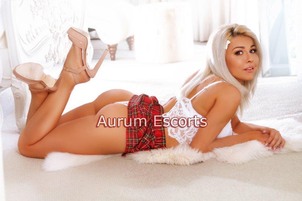 Sienna from Aurum Girls Escorts