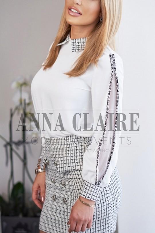 Karoline from Anna Claire