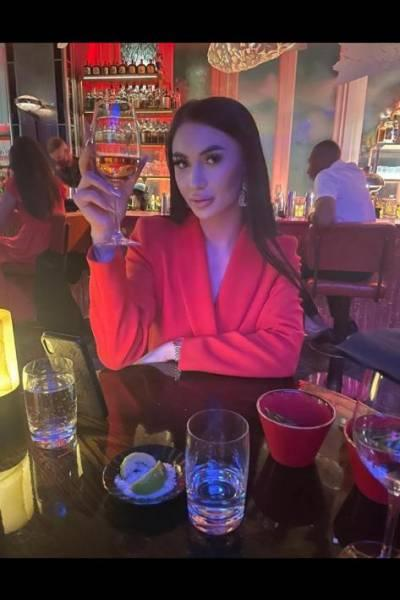 Riona from Baccarat