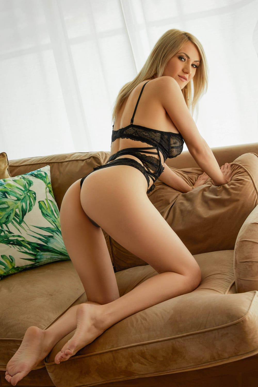 Isabella from 24hr London Escorts