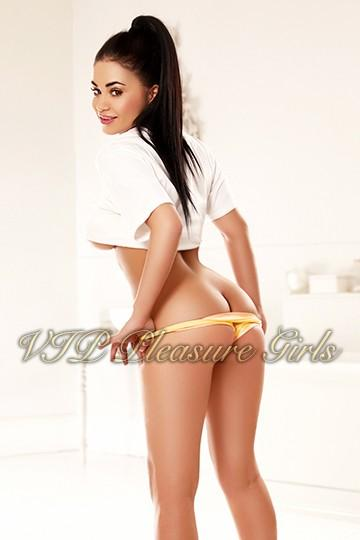 Della from London Escort Models UK