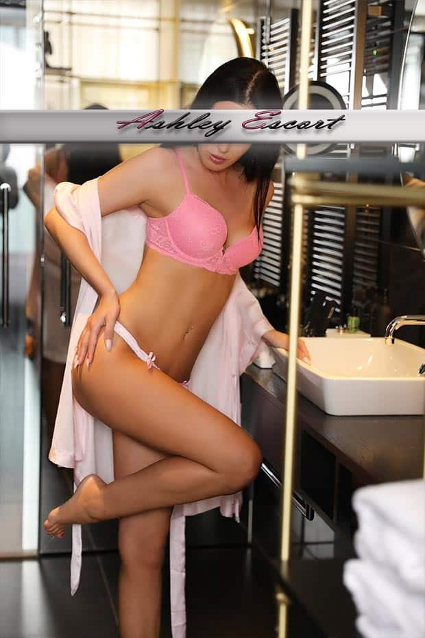 Lucy Michels from Ashley Escort