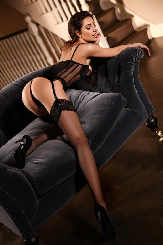 Claudia from Pure Tantric Massage London