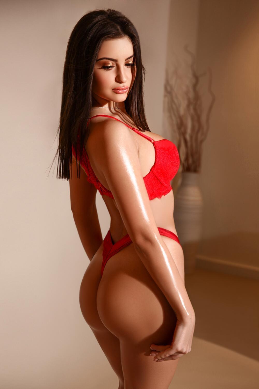 Raffaela from Pure Tantric Massage London
