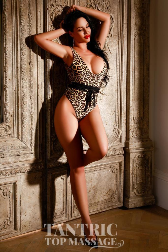 Claudia from Tantric Top Massage
