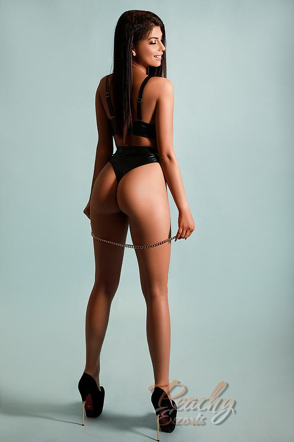 Yana from Peachy Escorts