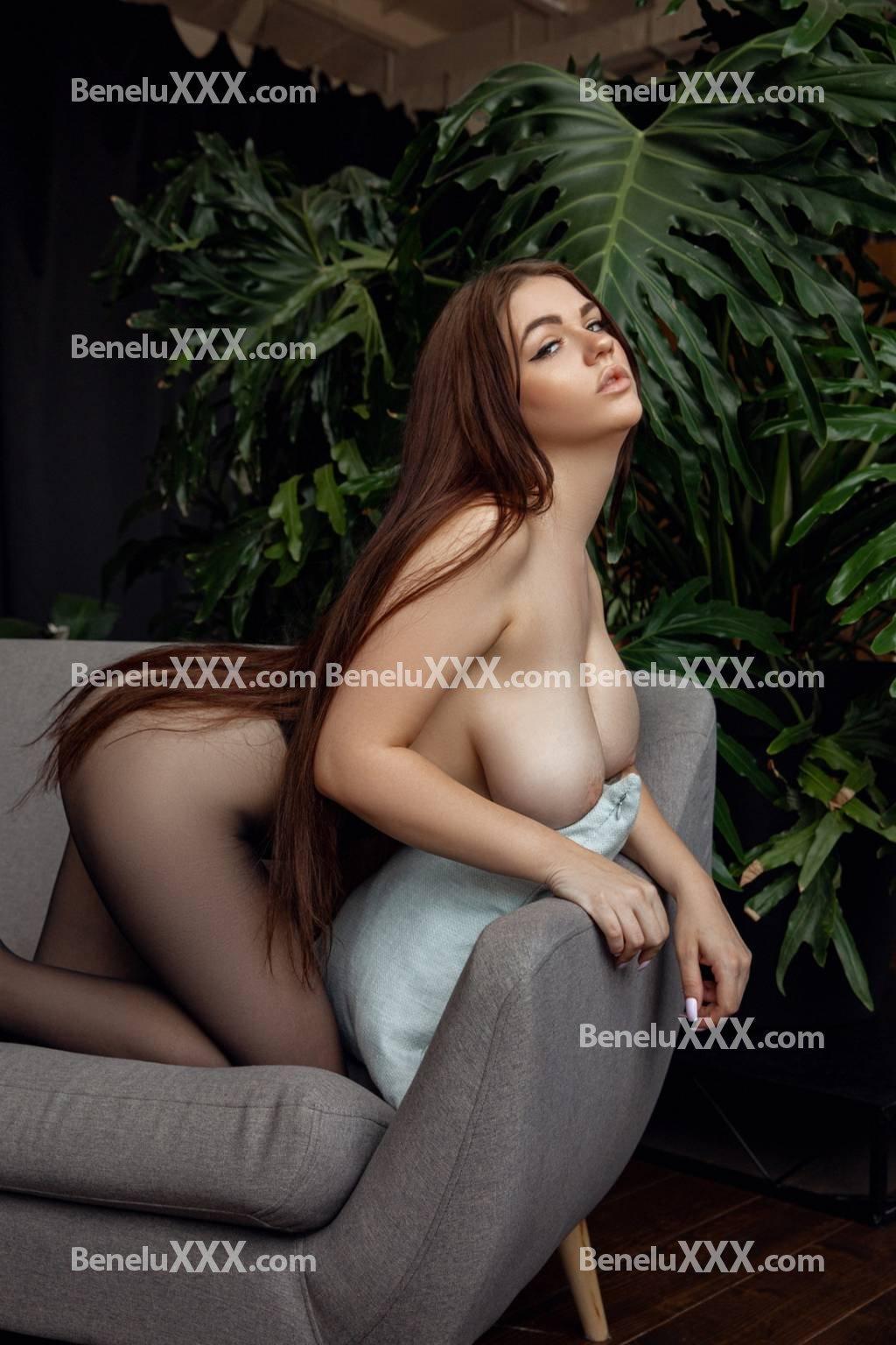 Daisy from BeneluXXX.com