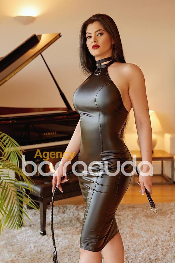 Nikolete from Sexy London Girls
