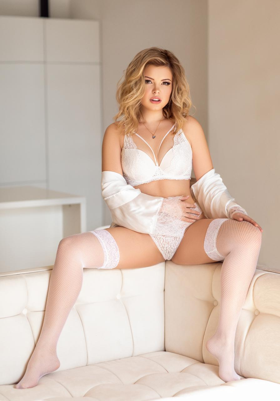 Charlyne from Brussels Ladies