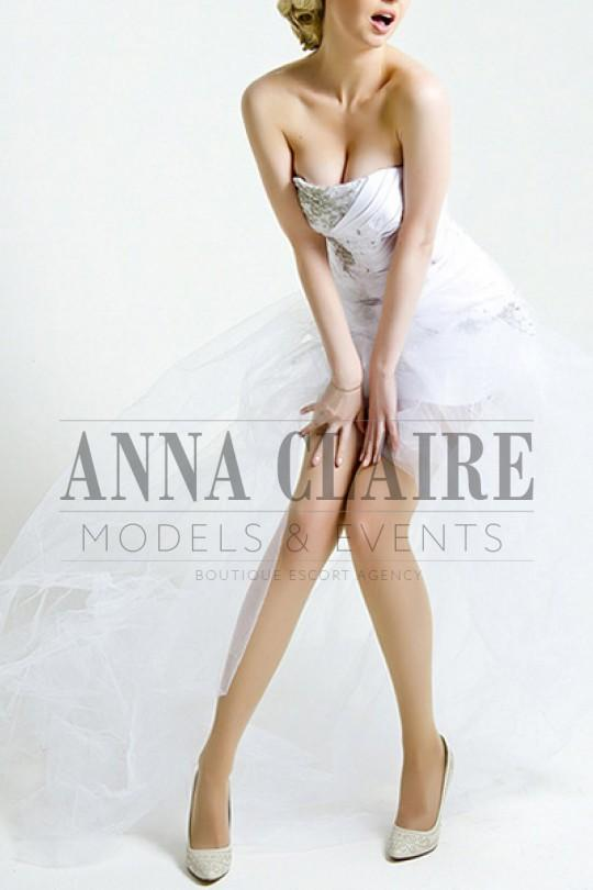 Lucie from Anna Claire