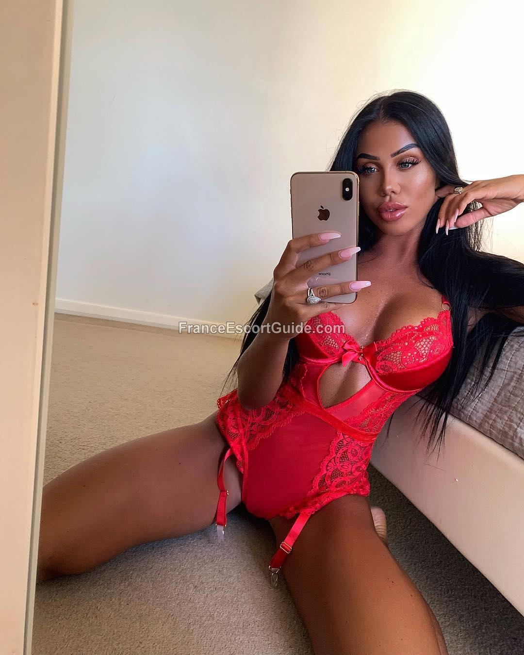 Naomie from France Escort Guide