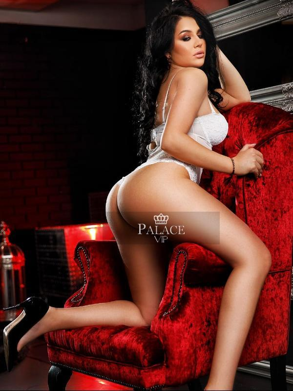 Amyra from Palace VIP