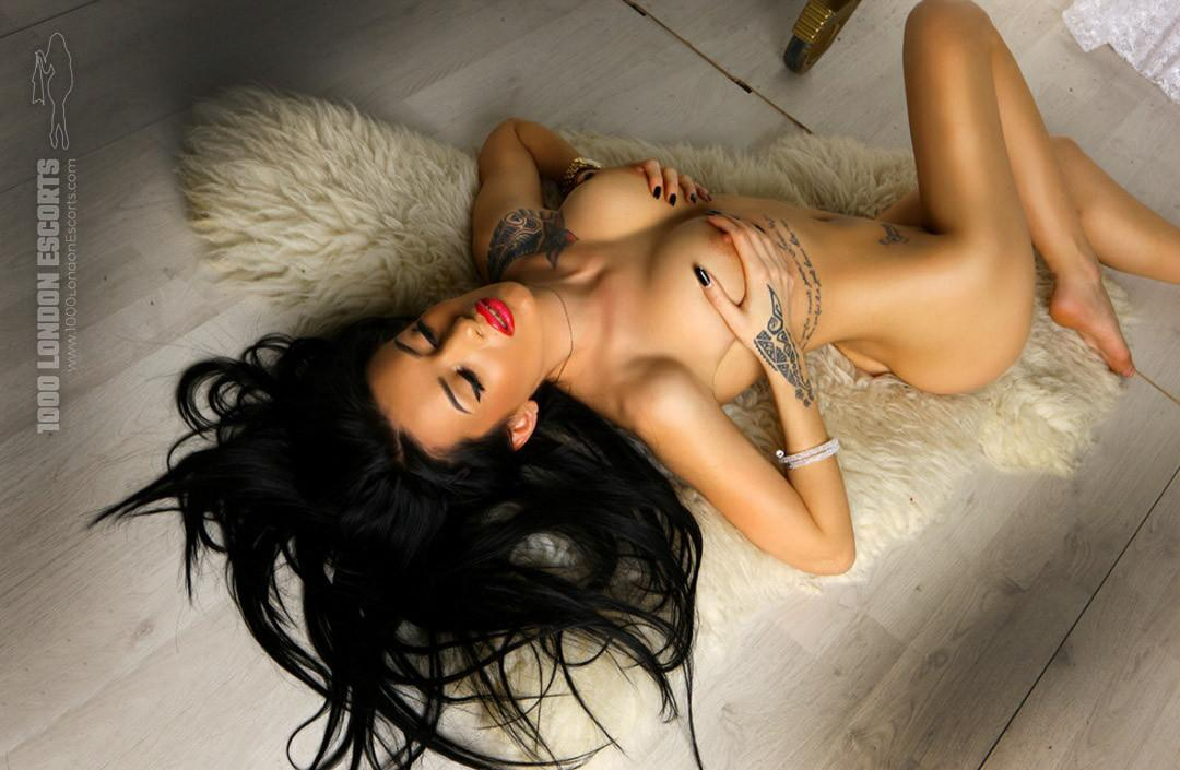Alessia from 1000 London Escorts