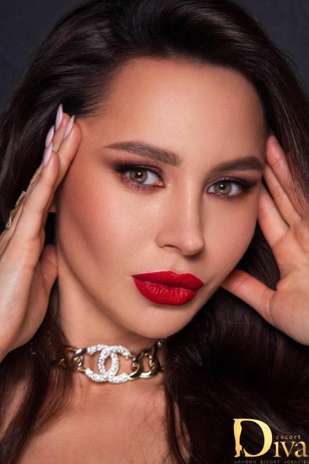 Arnika from Diva Escort