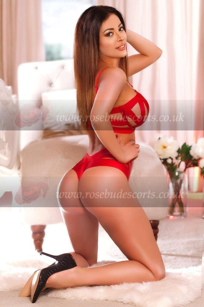 Antonia from Cheap and Chic London Escorts