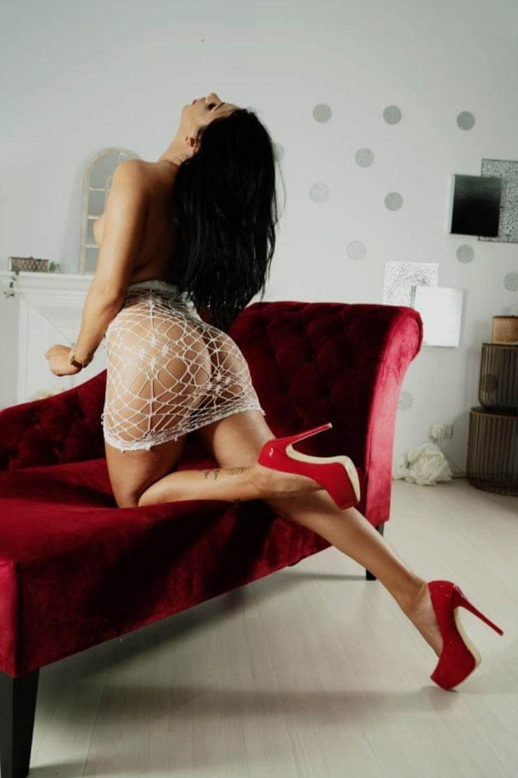 Alice from Nuru Touch
