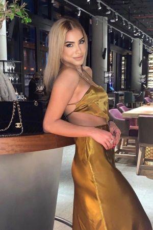 Lottie from Casino London Models