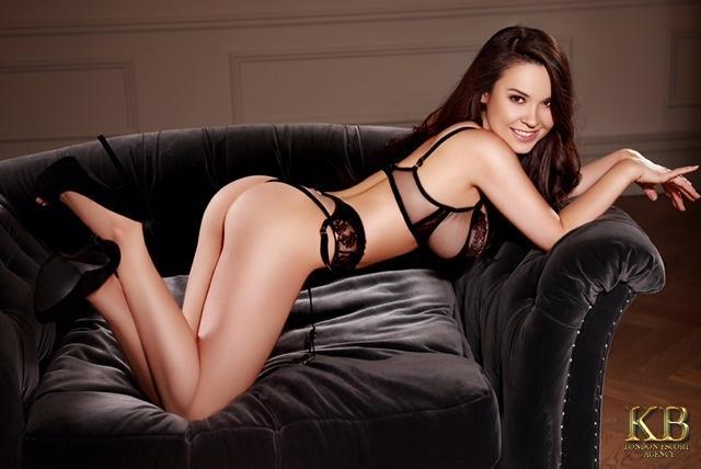 Jess from Kensington Babes