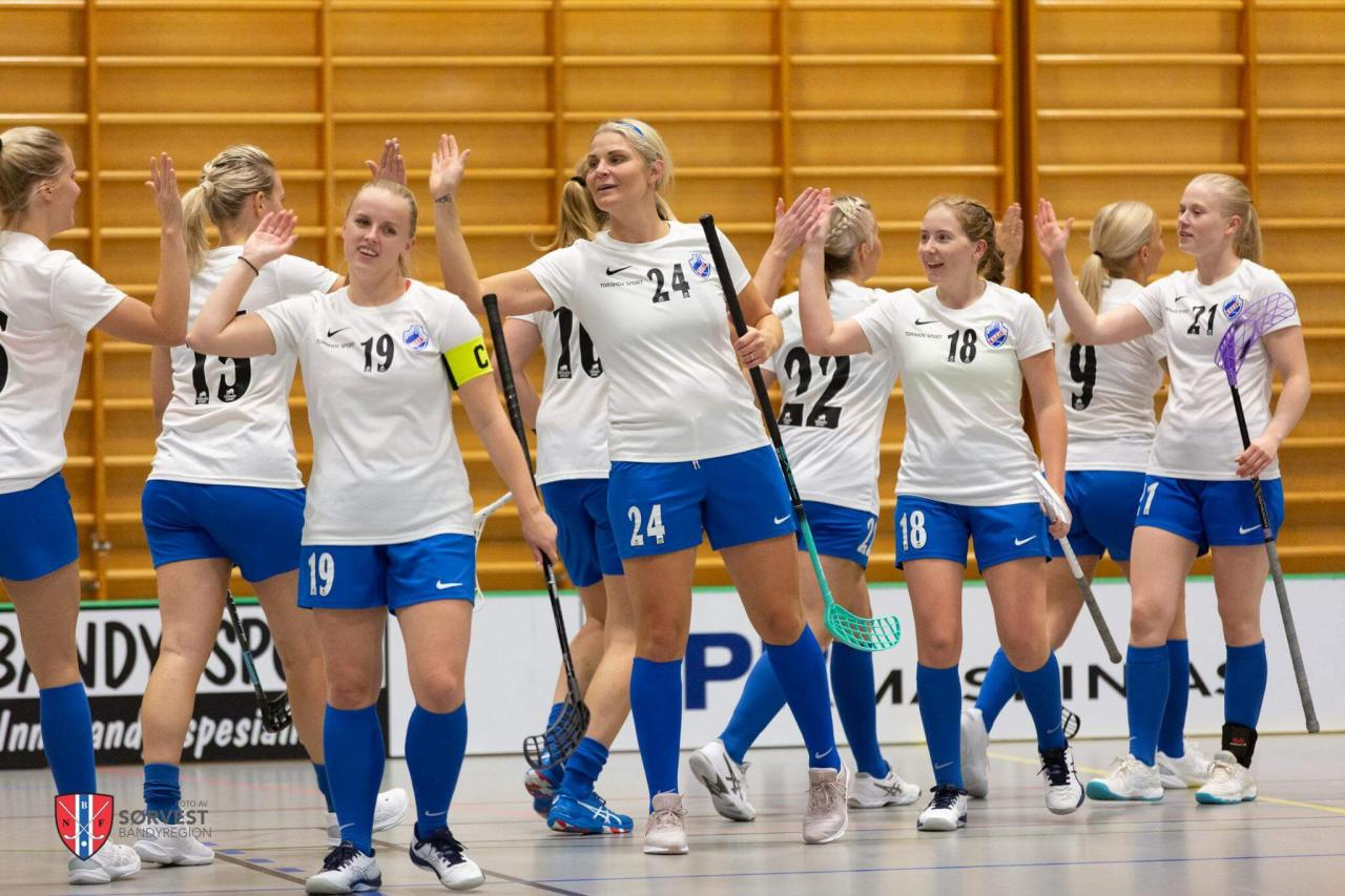 Bilder fra Stavangers oppgjør mot Grei 2. oktober 2021.