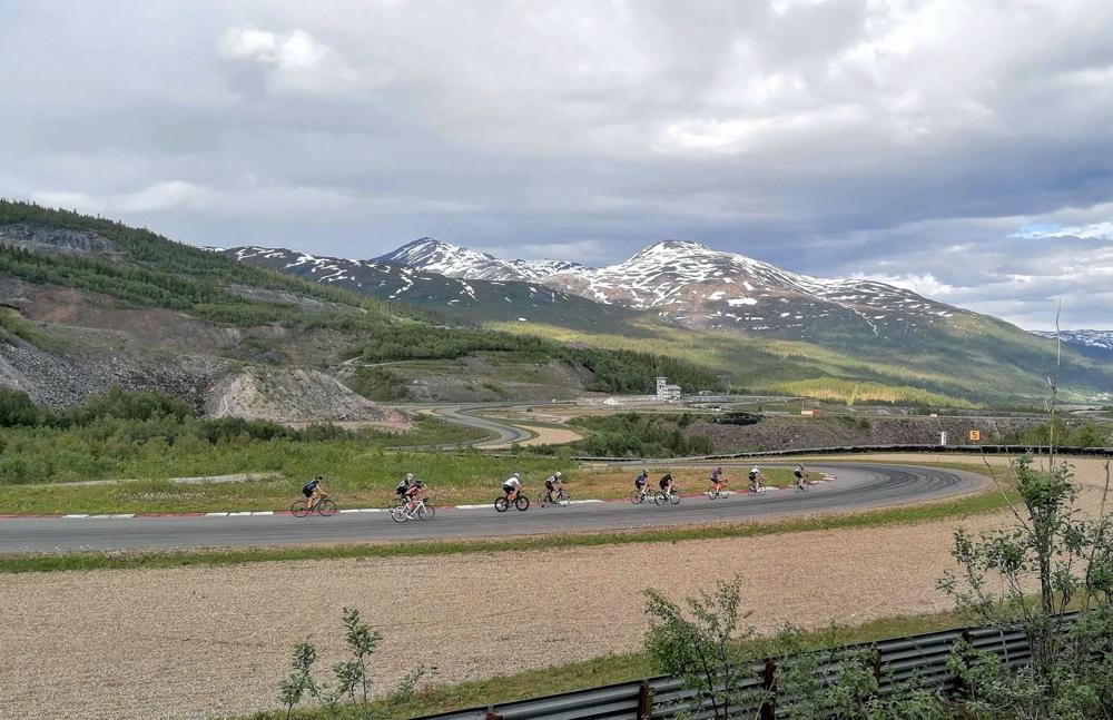SYKKELGAVE: ACRs jubileumsgave til idretten i Rana, Fri Bane, er blitt ekstra godt mottatt av Rana Sykkelklubb.