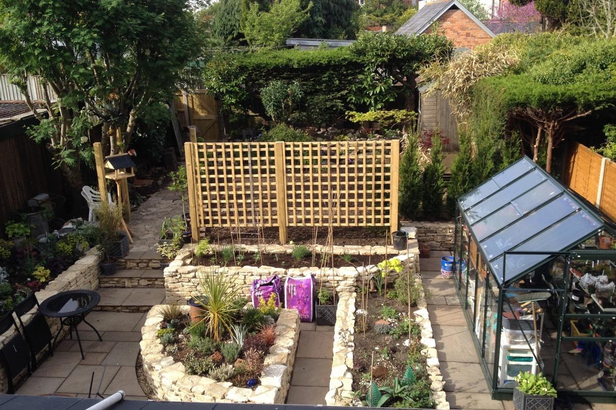AJ's Treefellas & Landscapes - Tree & Garden Services