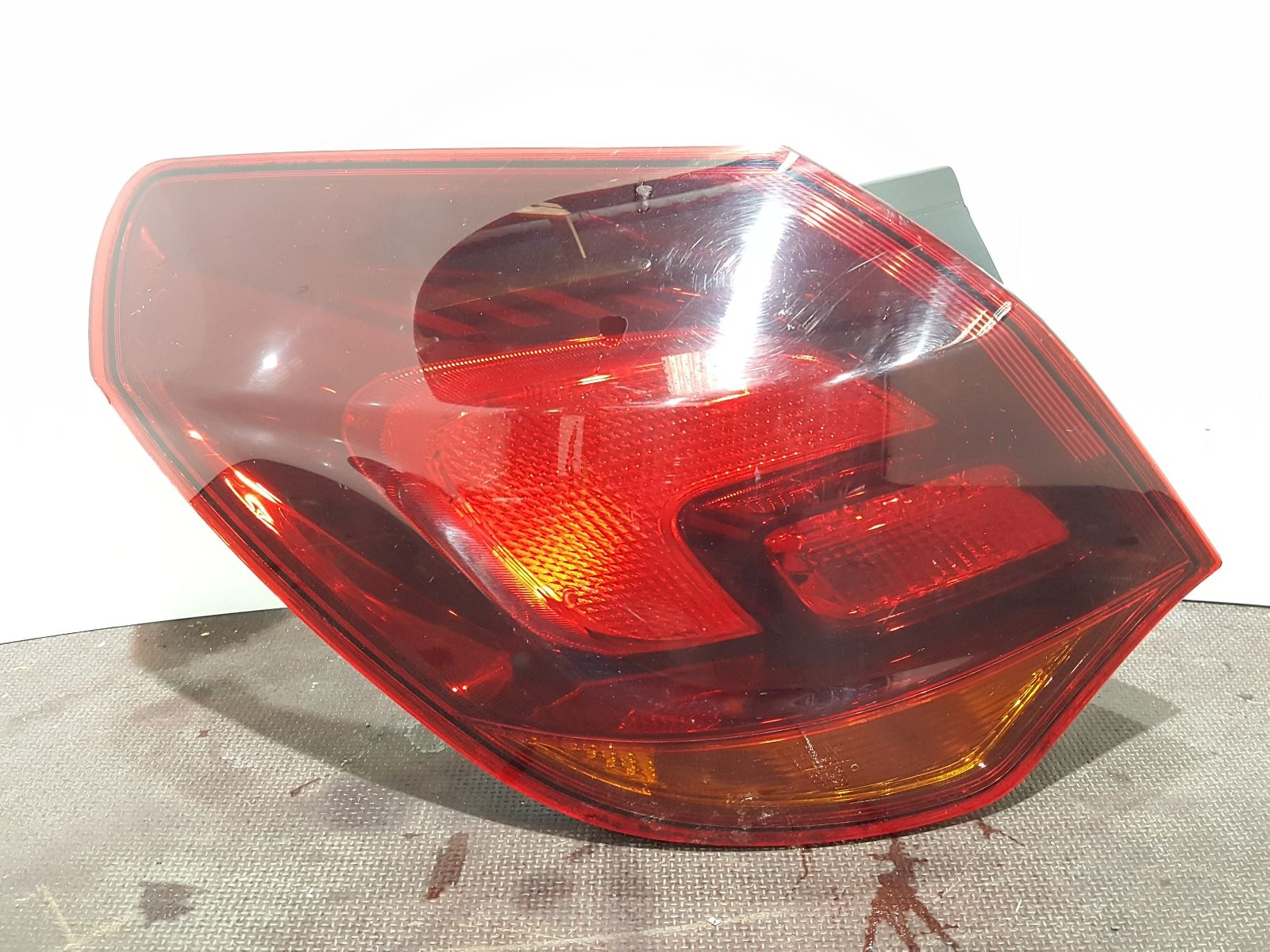 Vauxhall Astra J 2010 To 2015 N/S Left Passengers Rear Light 13306453 5 Door