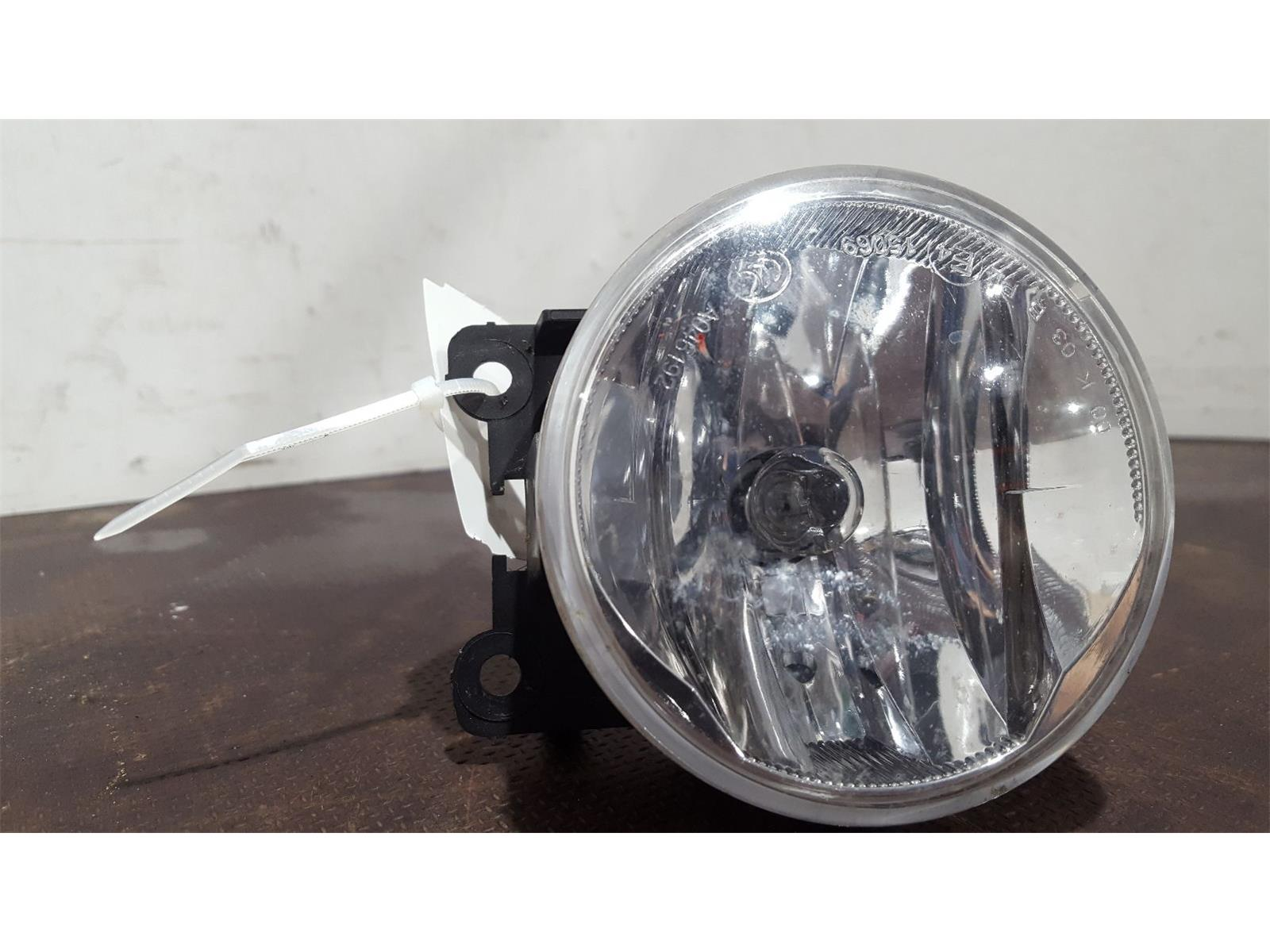 Peugeot Partner Tepee 2015 On Active BlueHDi 100 S/S Lamp Fog Front RH used  and spare parts at Combellack Vehicle Recyclers