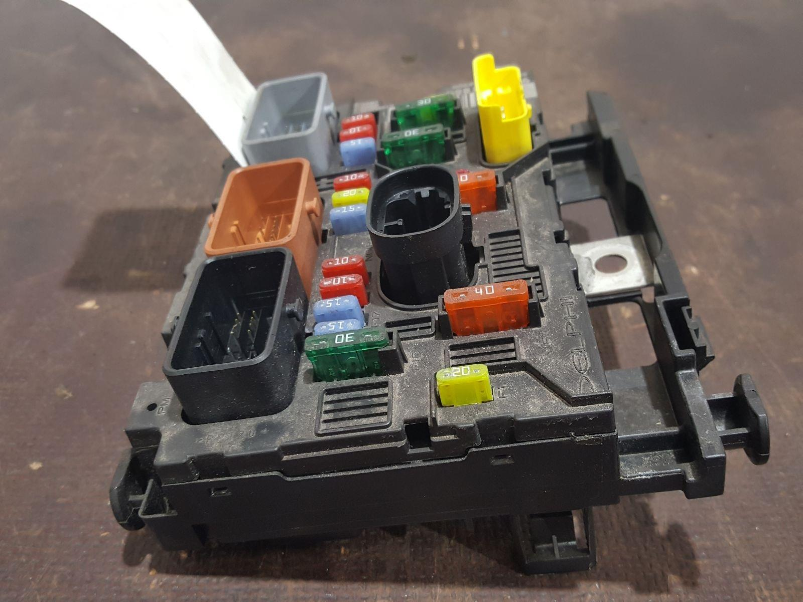 Peugeot 307 2005 To 2008 Cc S Fuse And Relay Box 1 Used Spare Parts At Combellack Vehicle Recyclers