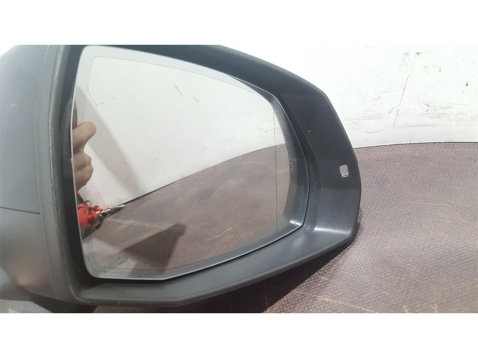 Audi Q7 2015 On SE Quattro TDi 4WD Door Mirror RH used and