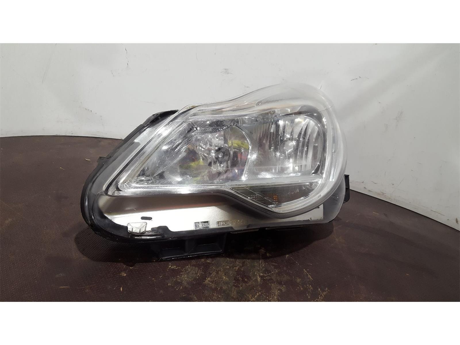 Vauxhall Corsa 2013 N/S Left Passengers Facelift Headlamp Headlight 13446805