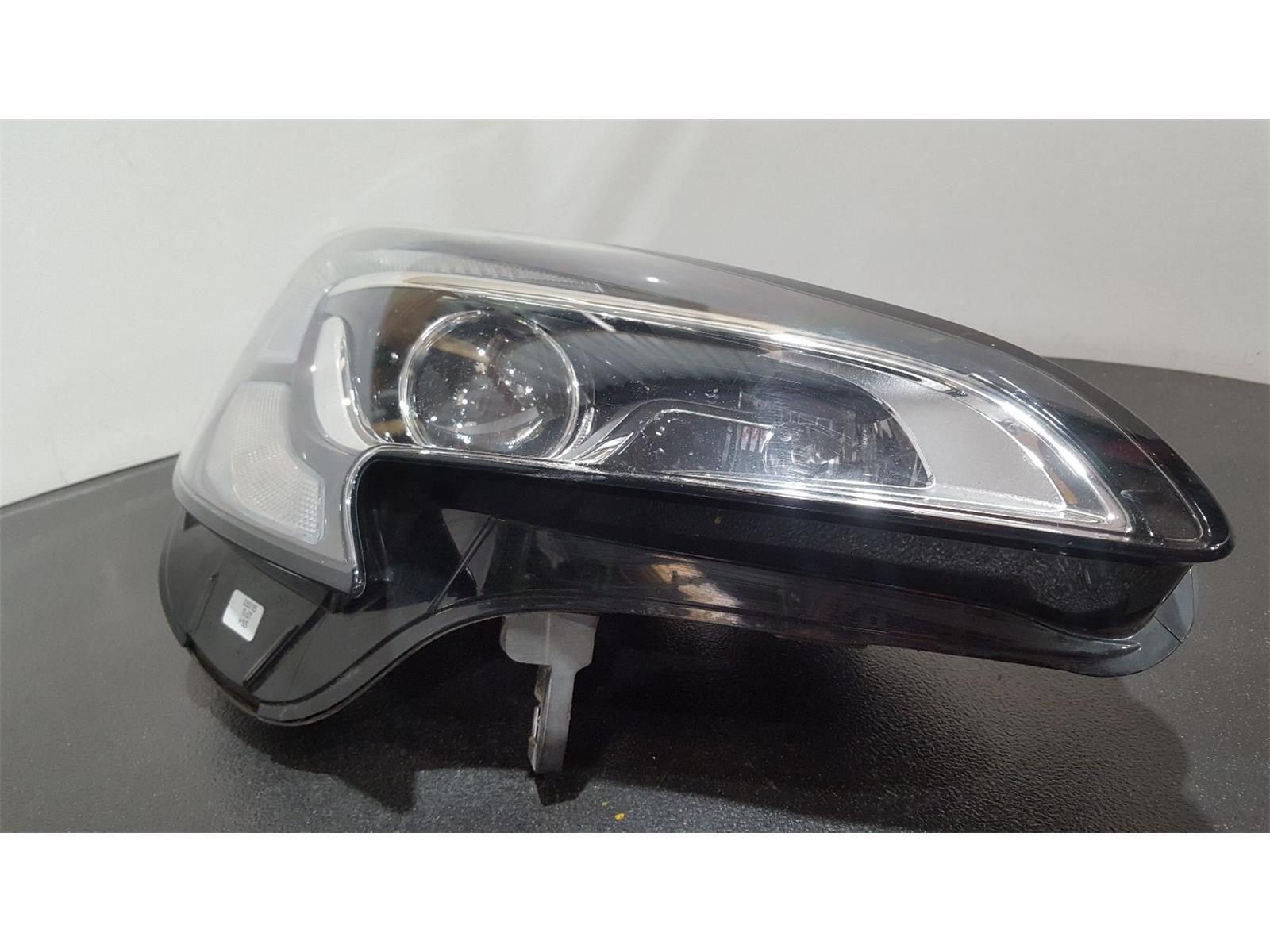 Vauxhall Corsa 2014 On O/S Right Drivers Side Headlamp Headlight 1LF011830-12