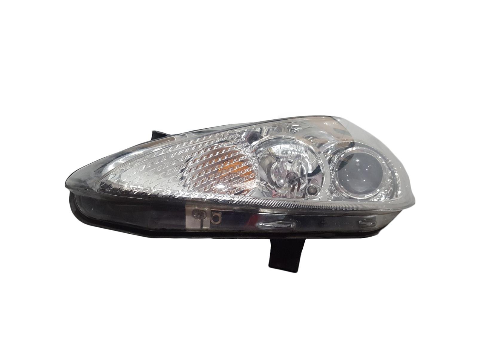 Ford Fiesta 2009 To 2012  N/S Left Passengers Headlamp Headlight 8A61-13W030-DF