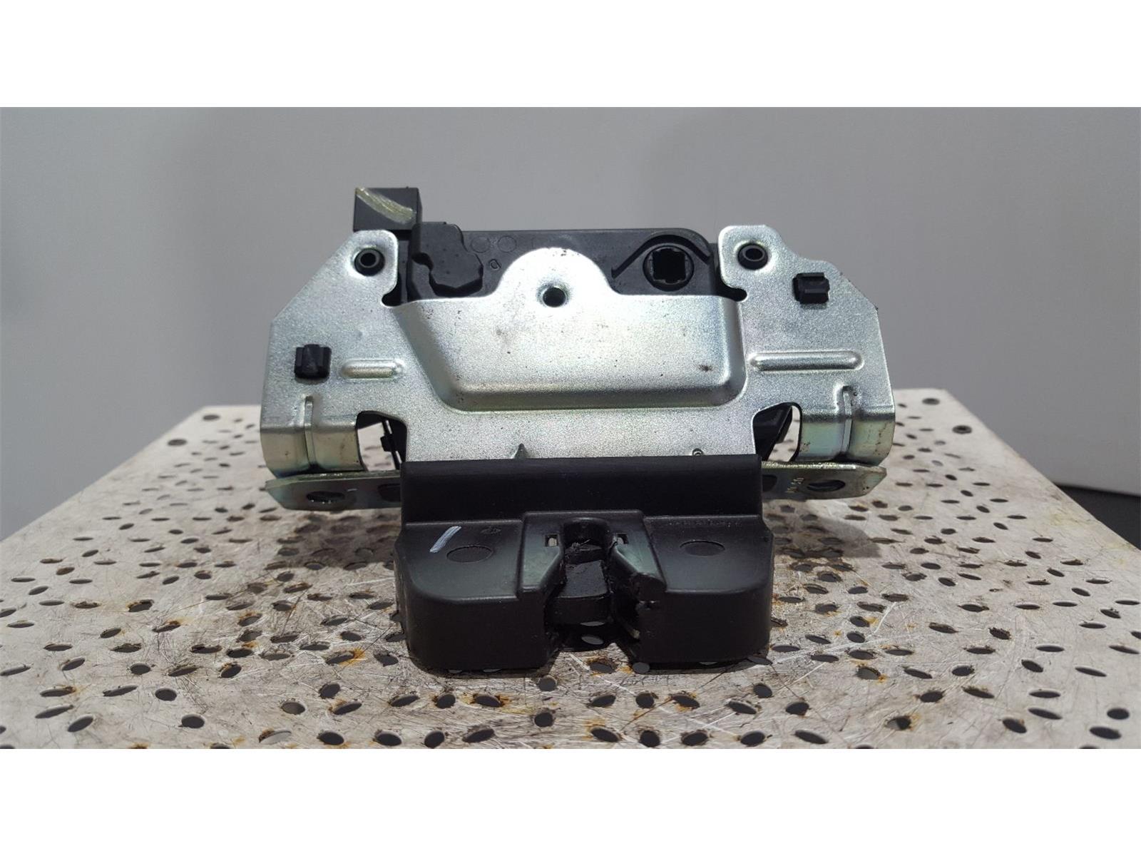 Vauxhall Zafira - (B) 2005 TO 2014 - Tailgate Boot Lock Catch (495058724)
