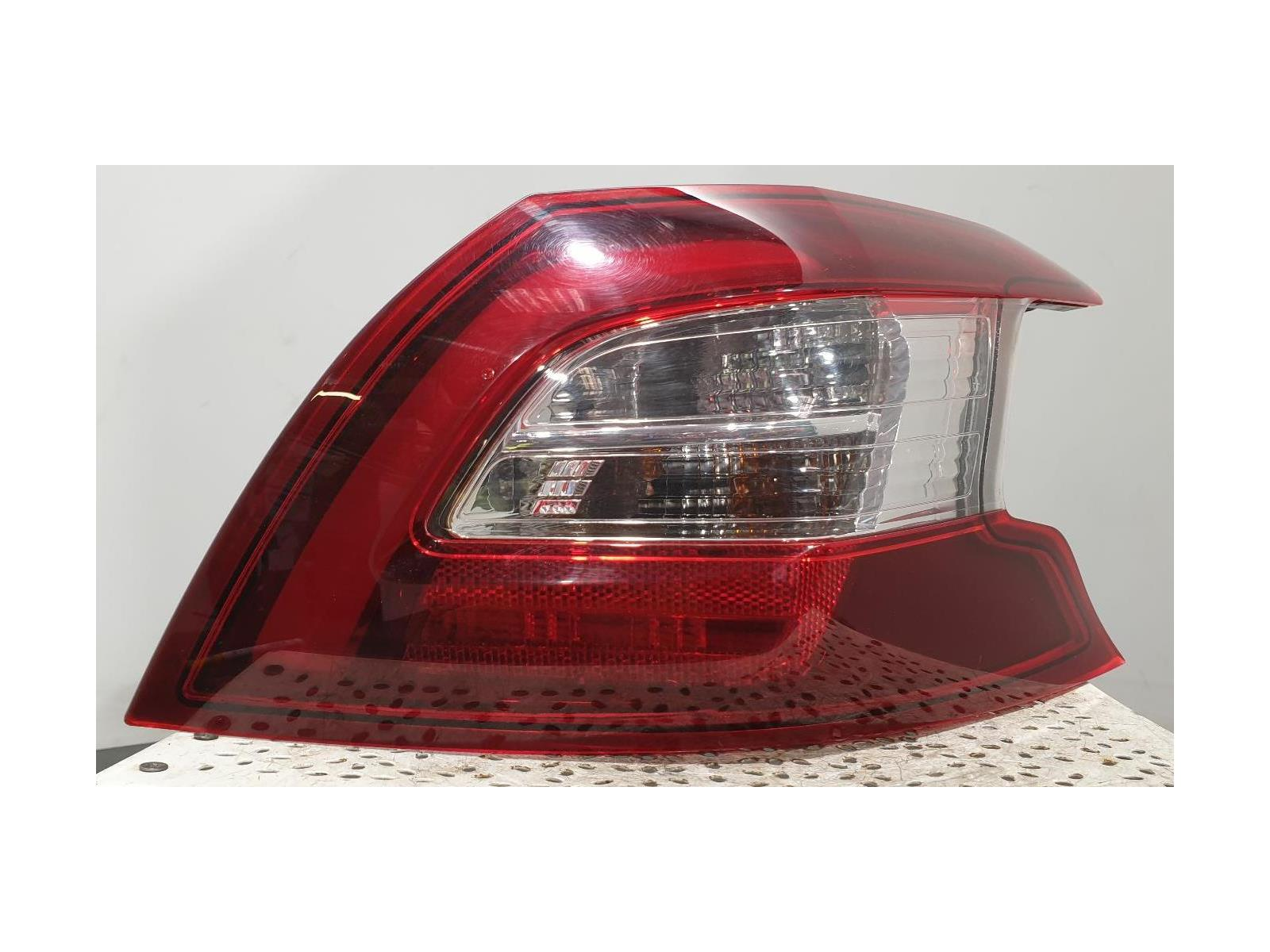 PEUGEOT 308 MK2 (T9) 2013 On - Right Rear Light 9677817580 81250201
