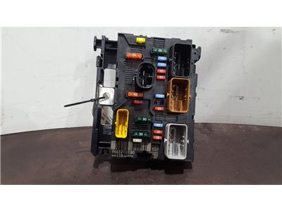 peugeot 207 2006 to 2009 s hdi fuse and relay box 1