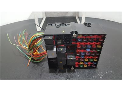 Ford Fiesta 2002 To 2008 Zetec Fuse and Relay Box 1 used and