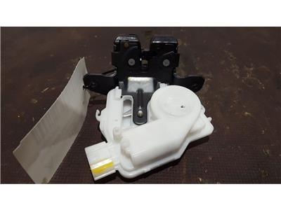Toyota Auris Hybrid 2012 To 2015 5 Door Estate Tailgate Boot Catch Lock Latch