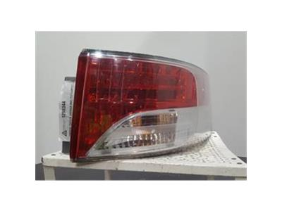 TOYOTA AVENSIS TR VALVEMATIC MK3 (T271/ZRT271) 2009  Drivers Right Rear Light
