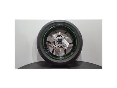 Kawasaki ZR1000 - (GGF) 2017 - Rear Wheel W/ Pirelli 190/55ZR17 Tyre