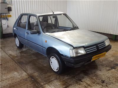 1993 Peugeot 205 1988 To 1997 GL 5 Door Hatchback