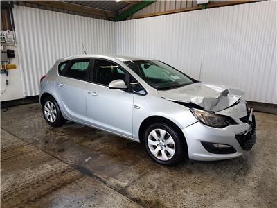 Vauxhall Astra 2010 To 2015 Design CDTi 5 Door Hatchback