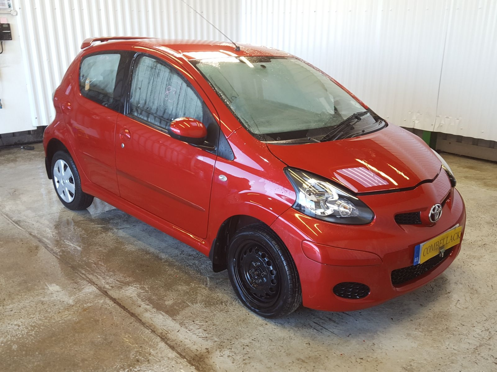 toyota aygo 2005 to 2012 ice 5 door hatchback breaking vehicles at combellack vehicle recyclers. Black Bedroom Furniture Sets. Home Design Ideas
