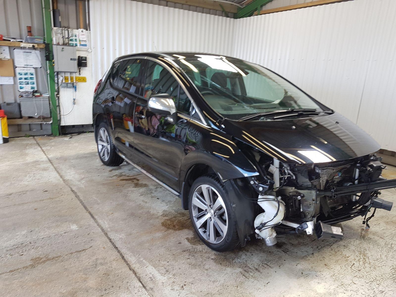 Peugeot 3008 2013 To 2016 Allure BlueHDi 120 S/S M.P.V.
