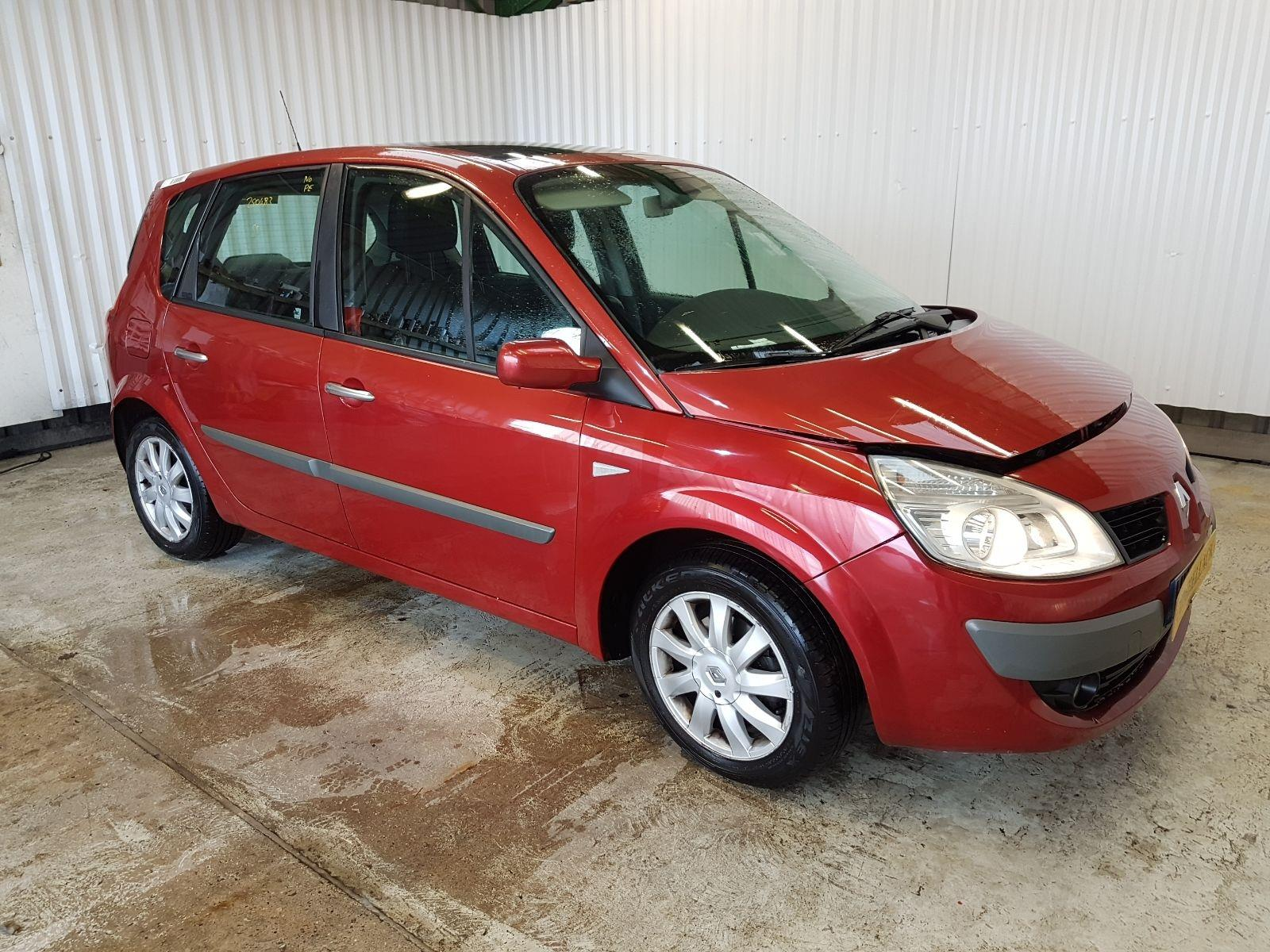 Renault Scenic 2003 To 2007 Dynamique dCi M.P.V.