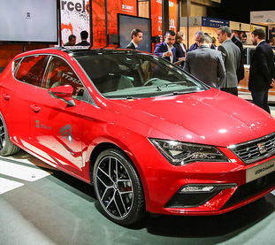 Square seat leon cristobal safety concept